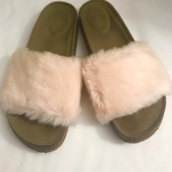 Madden Girl Blisss Faux Fur Slide Sandal pzaGN61